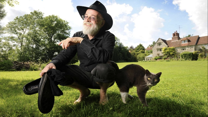 Off Topic: Getting started in Sir Terry Pratchett's massive book series...